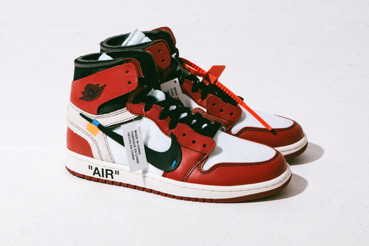 A fully detailed look at the Off White x Jordan 1