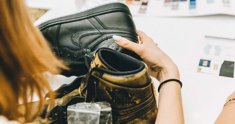 """From Black to Gold: Behind the design of the """"Wings""""Air Jordan 1"""