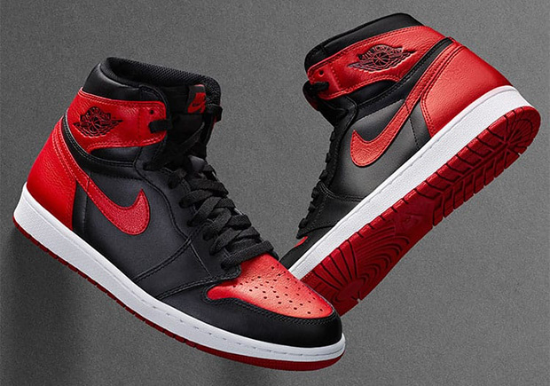There's 4 Air Jordan 1's restocking TODAY!