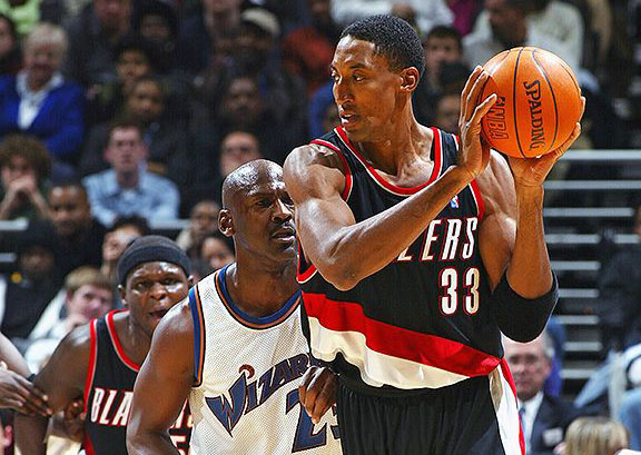 Jordan and Pippen hit the hardwood to face off