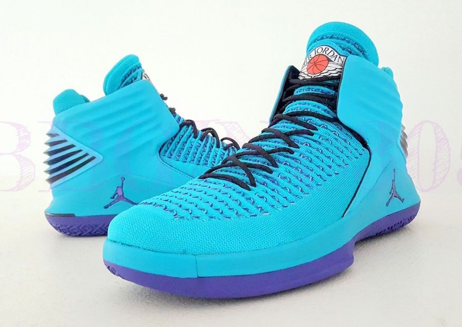 You can now buy this Hornets PE