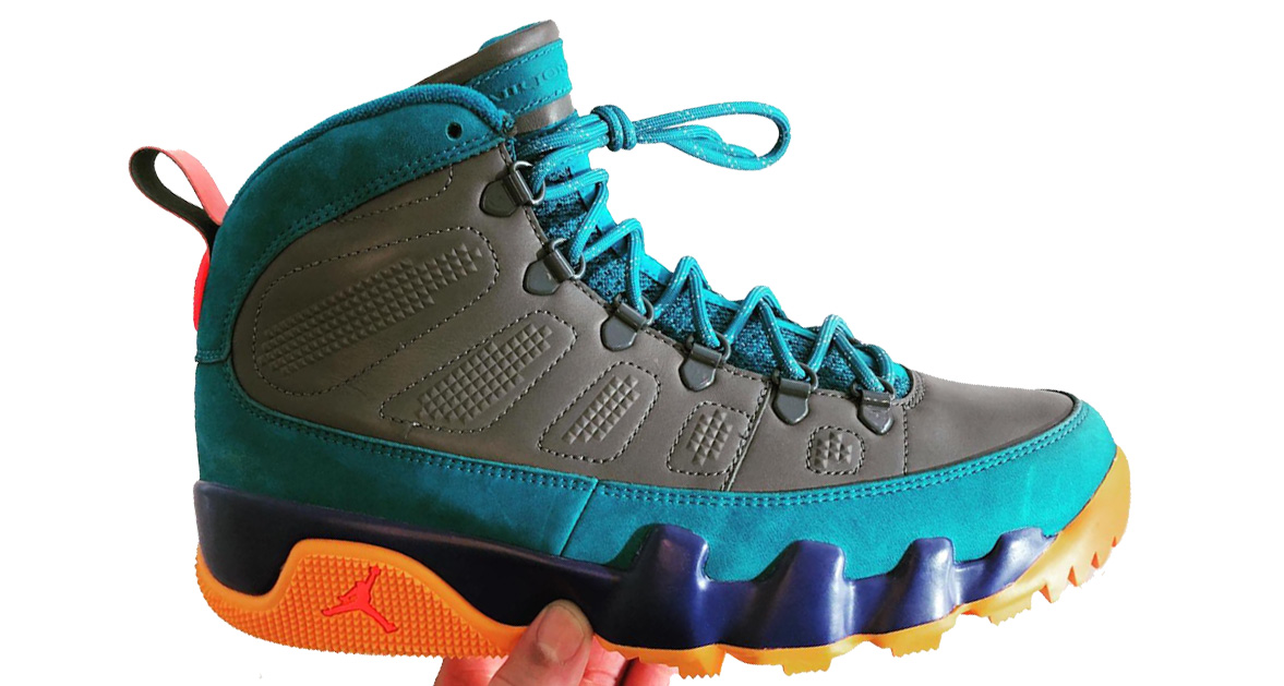 This sample Air Jordan 9 Sneakerboot has some serious 90's vibes