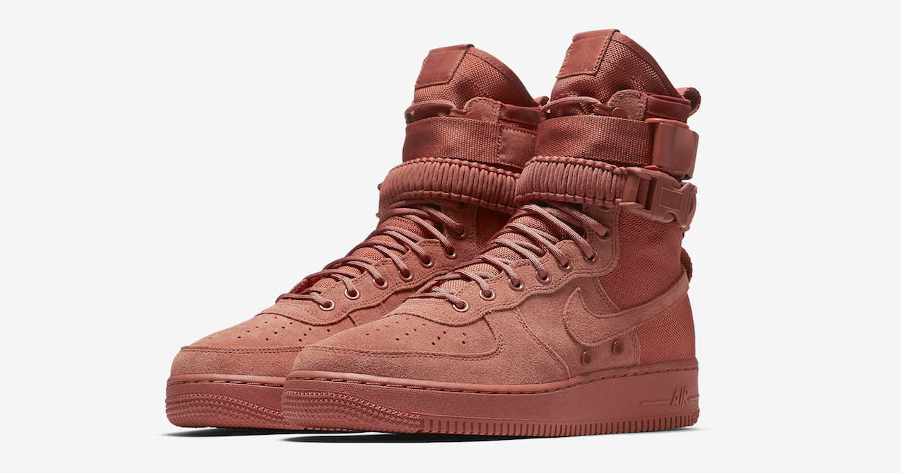 Full-grain leather and heavy duty Nylon feature on this SF-AF1 High