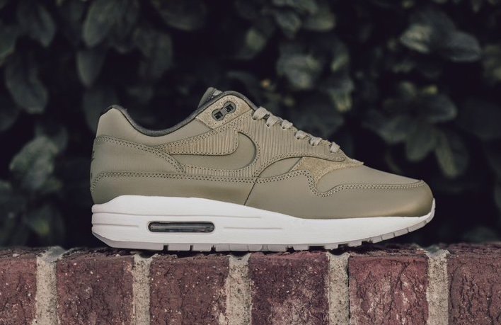 The next Premium Air Max 1 arrives in Olive