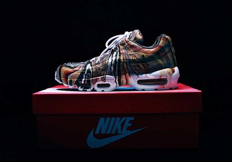 Nike are giving people a shot at marble dip-dying their favorite Air Max