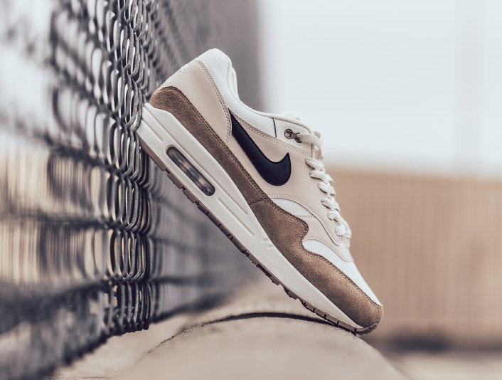 "The Air Max 1 ""Sand"" ain't bland"