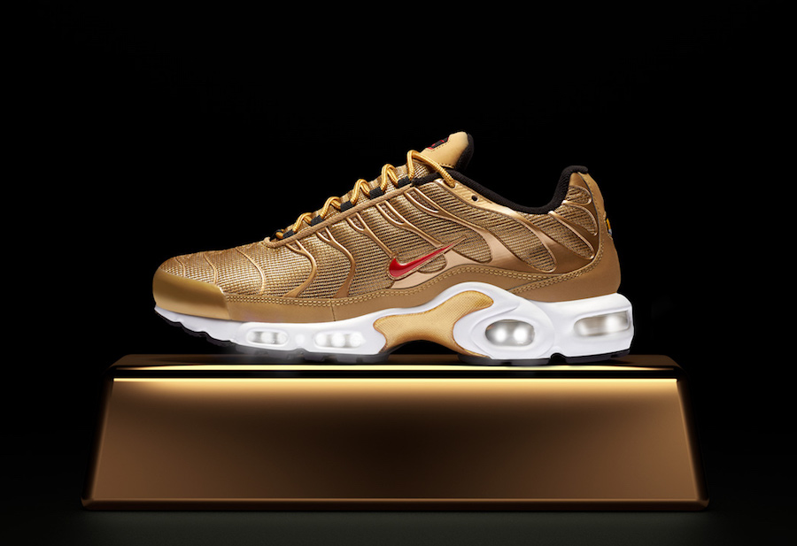 """The Air Max Plus joins the """"Metallic Gold"""" Pack"""