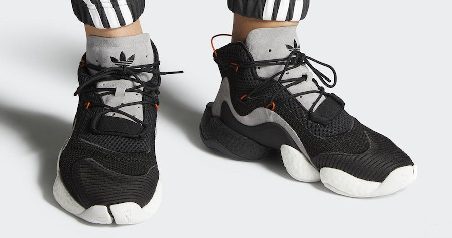 "First look // adidas Crazy BYW ""Carbon"""
