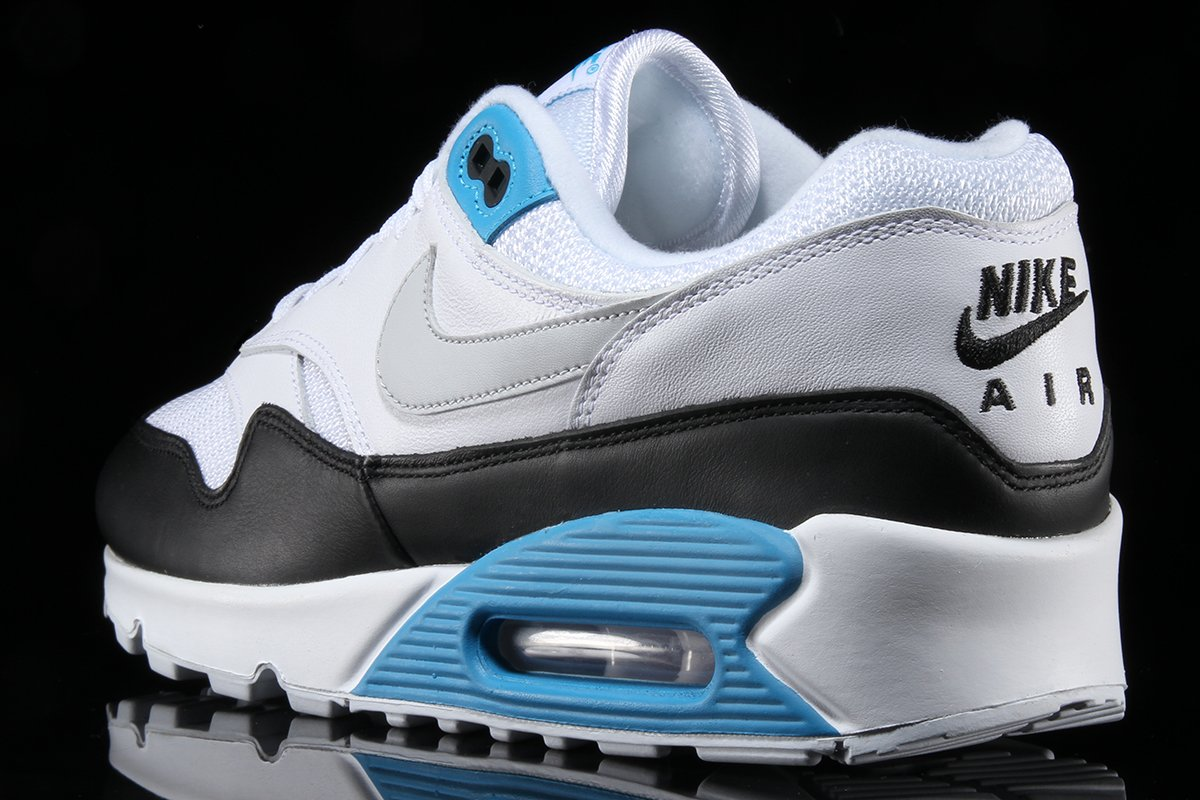 Two New Air Max 90/1s are now available!