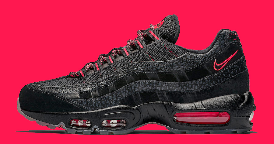 This Air Max 95 Rocks the Classic Black Infrared Colorway