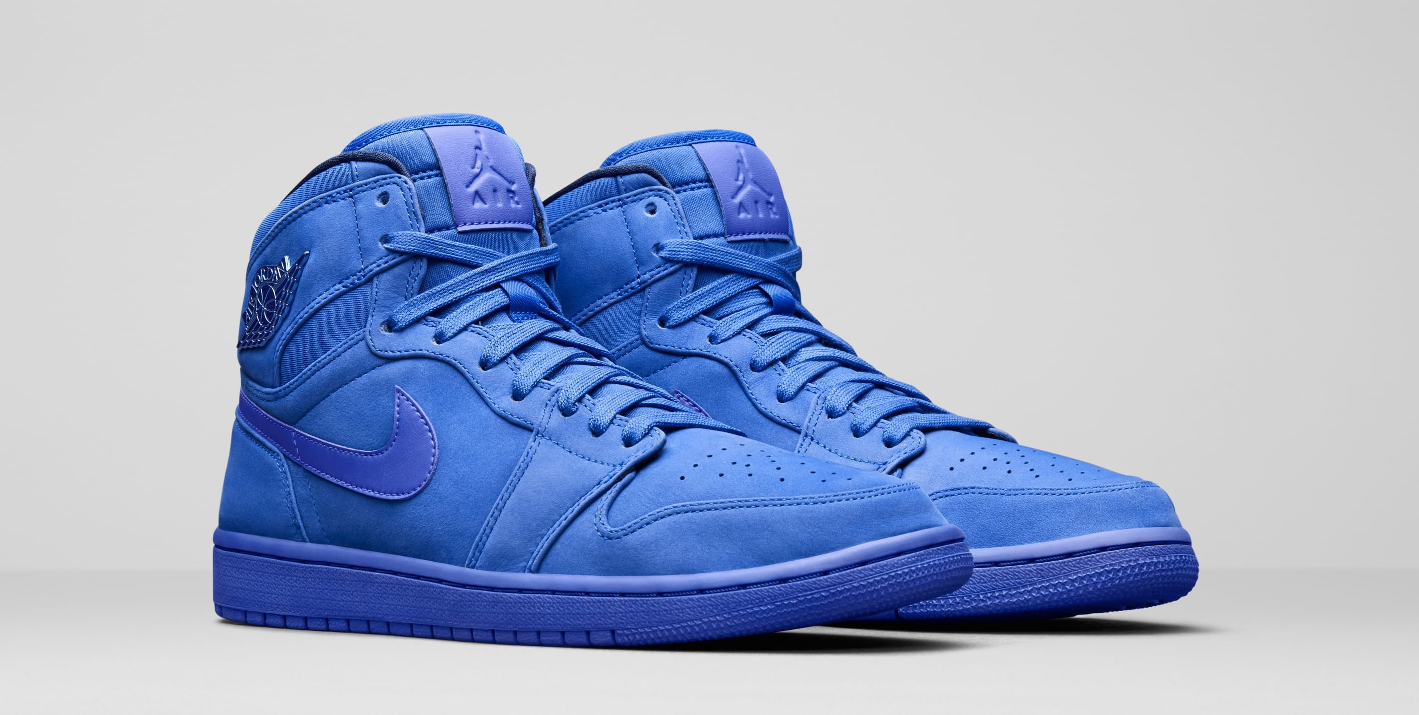 "Official Look // Air Jordan 1 ""Racer Blue"""