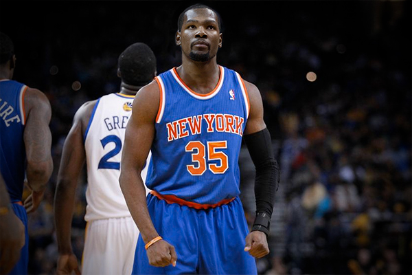 "Knicks Have ""Very Good Shot"" at Luring Kevin Durant From Warriors"