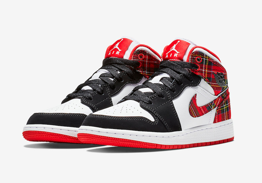 The Air Jordan 1 Gets Decked out for Christmas - HOUSE OF HEAT ...