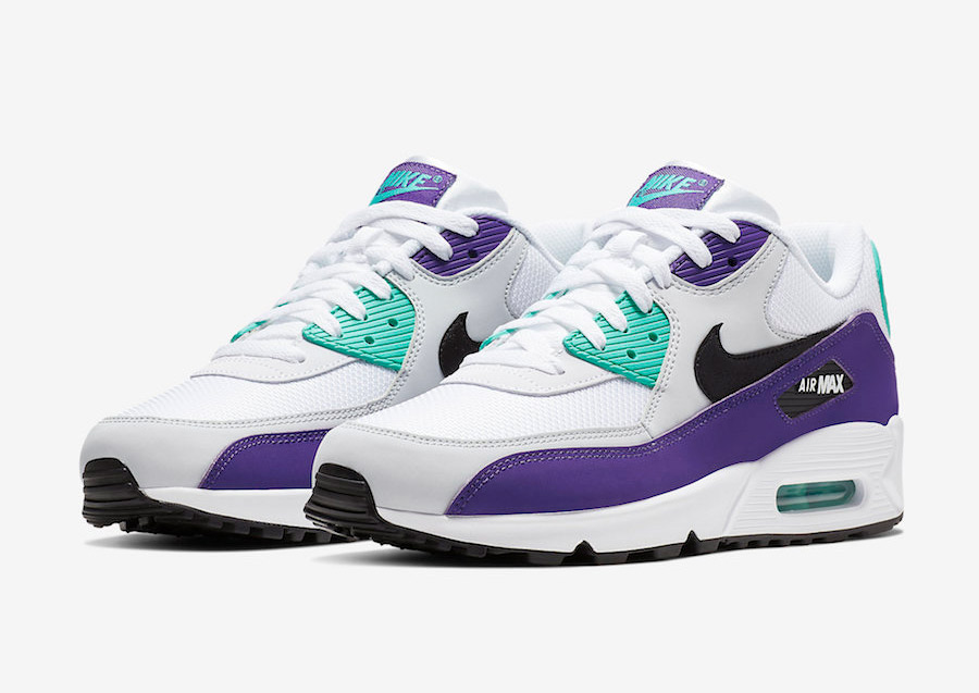 """Nike's Iconic """"Grape"""" Colorway Escapes Again!"""